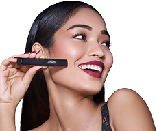 girl posing with Auric Beauty beauty lipstick